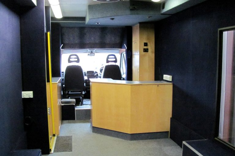 Pre-owned mobile library