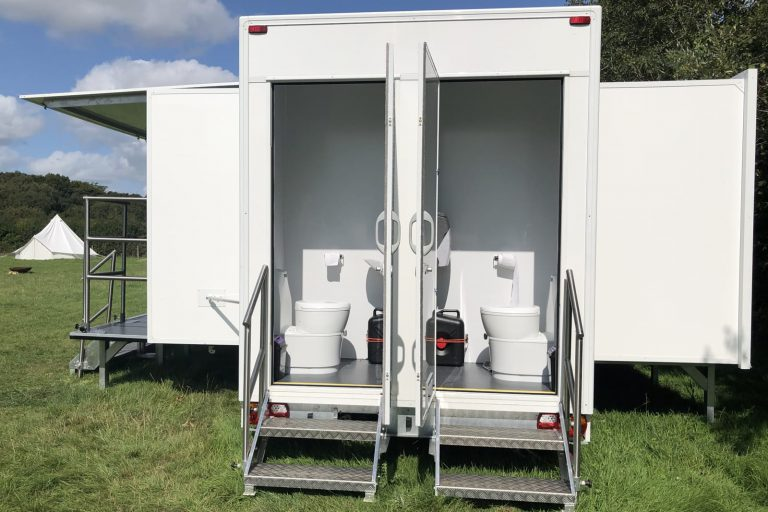 Event trailer with rear toilets