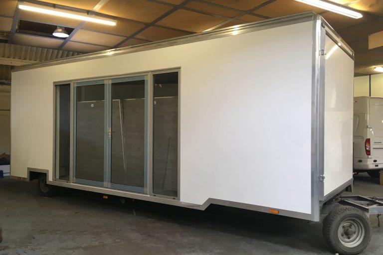 Exhibition drawbar trailer
