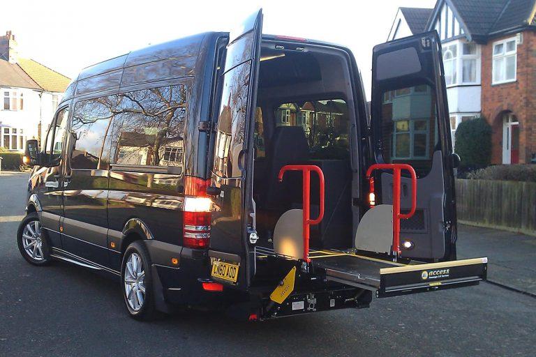 Minibus passenger lift