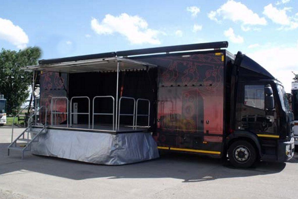 exhibition-vehicle