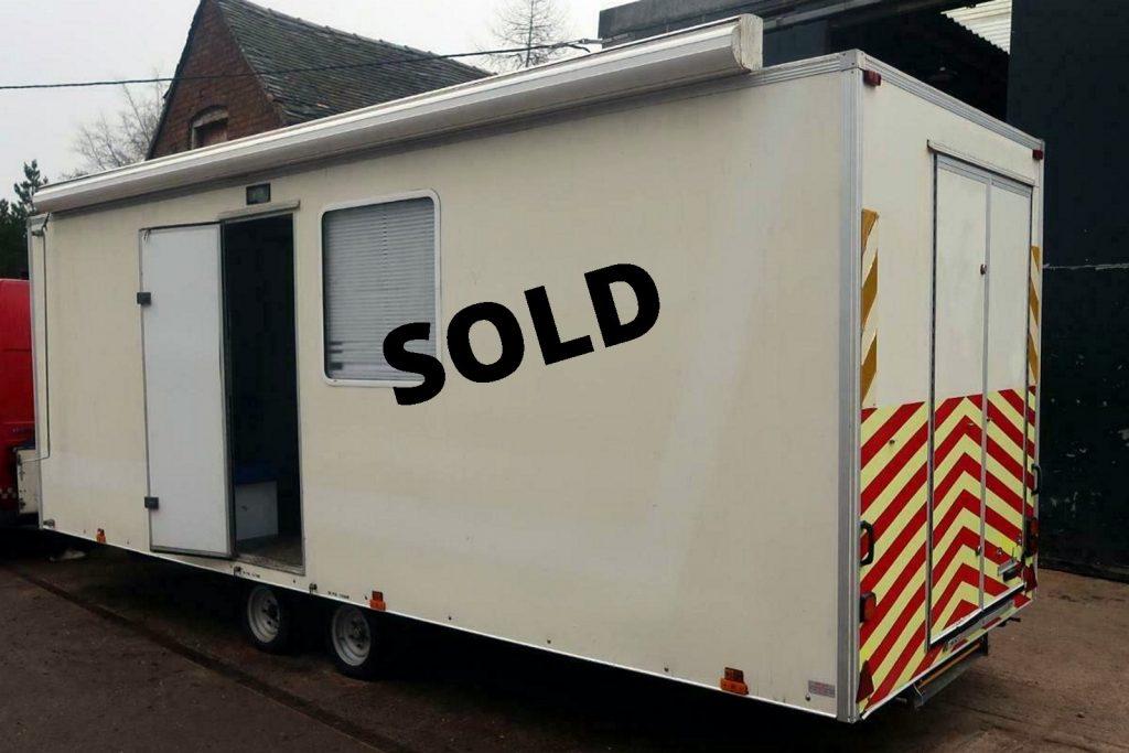 7 metre trailer with side door